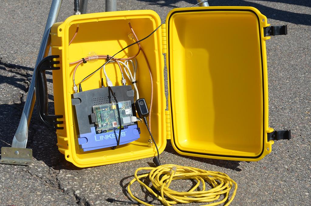 Mesh-network-portable-node-close-up